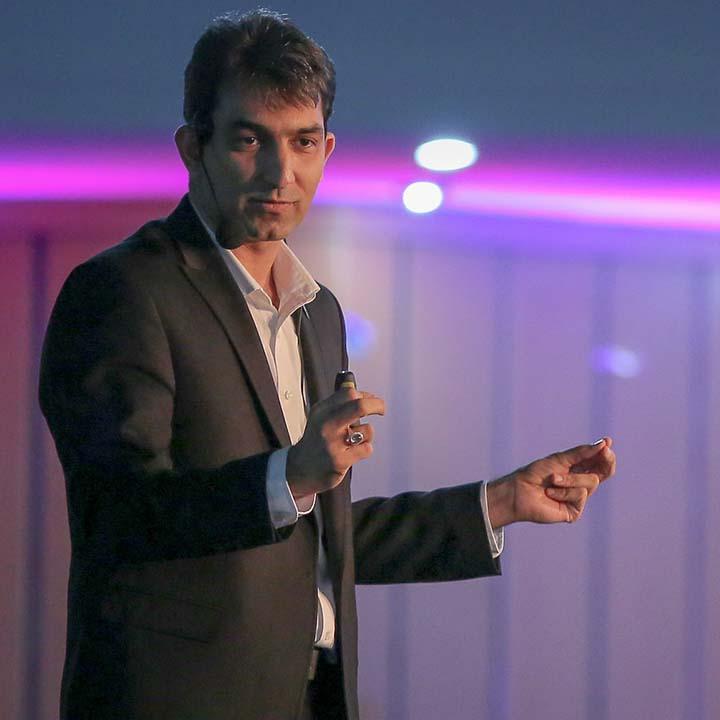 حسین طاهری - اولین گردهمایی مدیران الماسی
