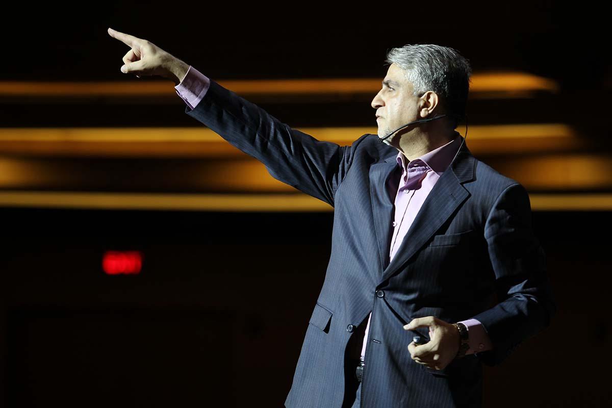 دکتر محمود محمدیان - سومین گردهمایی مدیران الماسی