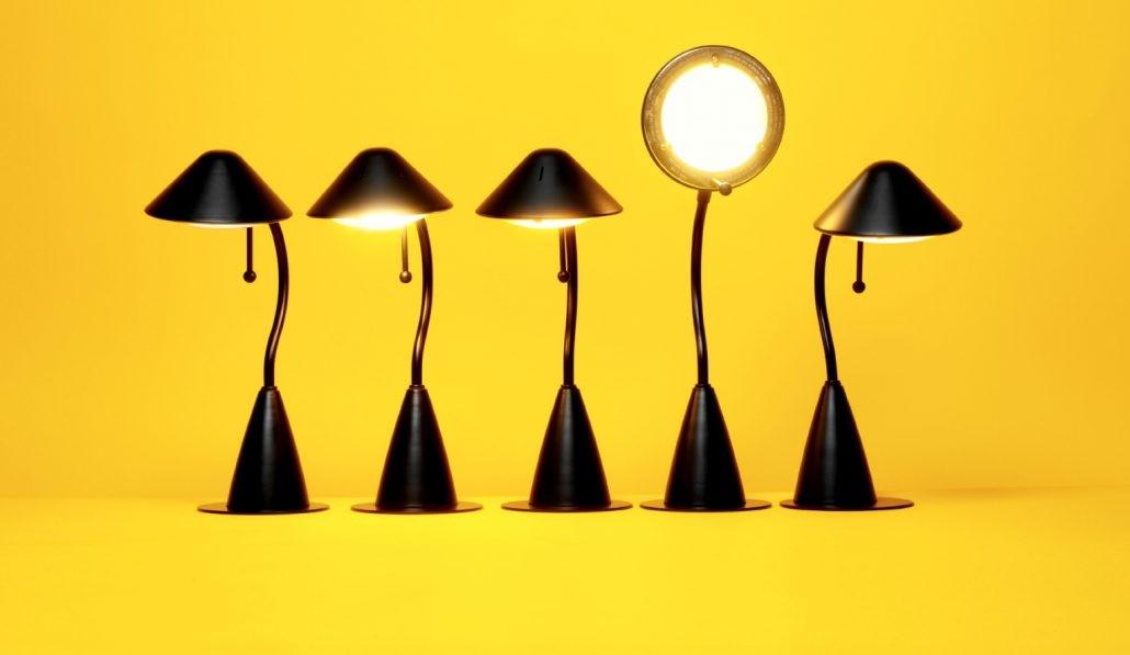 مقاله - چند فرمان برای فرار ازکمرویی - پندانه - متمایز بودن باور کنید