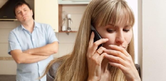 مقاله – آیا همسرتان باید همه چیزرا به شما بگوید وهیچ رازی نداشته باشد؟ - چرا همسران حریم خصوصی را نمی پذیرند - حریم خصوصی زندگی زناشویی