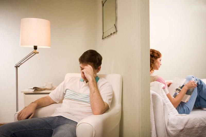 مقاله – آیا همسرتان باید همه چیزرا به شما بگوید وهیچ رازی نداشته باشد؟ - حریم خصوصی زندگی زناشویی