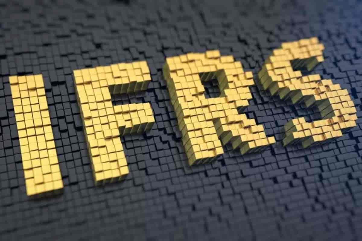 استانداردهای گزارشگری مالی بین المللی یا IFRS چیست ؟ - آموزش حسابداری رایگان