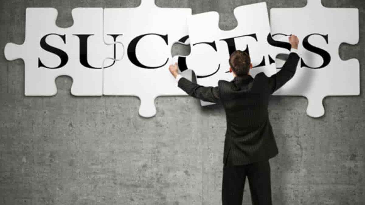 هفت مرحله تبدیل شدن به یک کارآفرین موفق